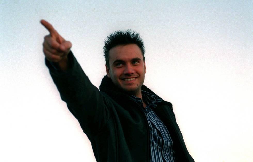 Nek en 1998, un año después de que su canción 'Laura no está' se convirtiera en un éxito en España.