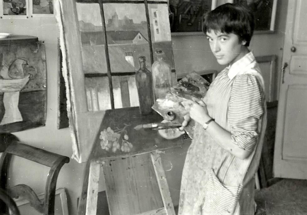 La pintora Avia, en su estudio en Madrid, en una imagen si datar.